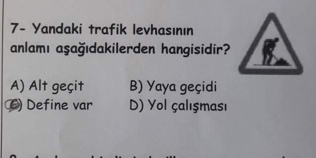 Öğrencilerin Sınav Sorularına Verdikleri Komik Cevaplar