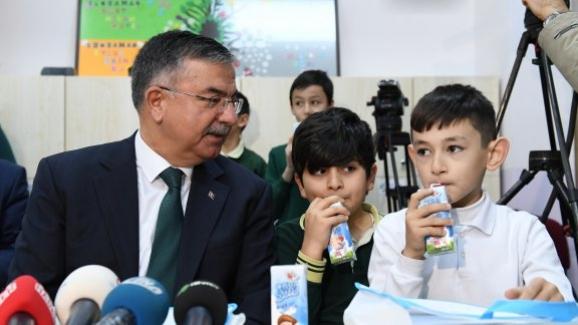 Milli Eğitim Bakanı İsmet Yılmaz, Okul Sütü Programı'na katıldı