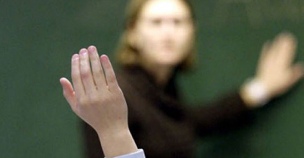 Öğretmenlerimiz İtibarsızlaştırıldı, Gençliğimiz Geleceksizleştirildi !
