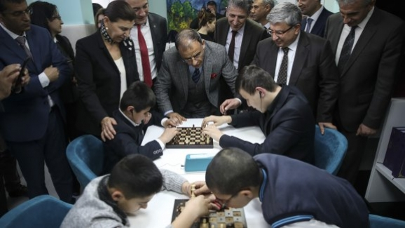 """Millî Eğitim Bakanlığı Özel Eğitim ve Rehberlik Hizmetleri Genel Müdürlüğü """"Gören Eller"""" projesi kapsamında TSF ile satranç protokolü"""