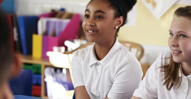 Öğretmenler, sınıf içinde ve dışında kullanılabilecekleri bazı basit iletişim tekniklerini öğrenerek, öğrenciler iddialarını artırır.