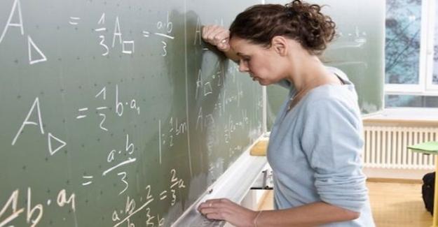 Öğretmenlere Her gün Yeni Bir Engel: Öğretmenlerin Kariyerleri Bundan Sonra Uzman Olmayanların Vereceği Nota Bağlı.