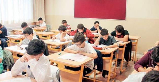 Öğretmenlere Performans Sistemi Getirmekle Türk Eğitim Sistemi Şaha Kalkmaz!