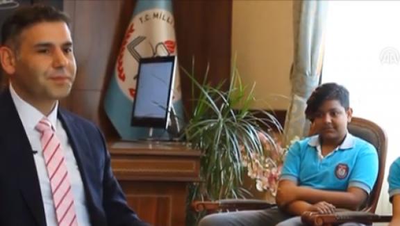 Eğitimlerini Yarıda Bırakan 2 Gencin Hayatı, Milli Eğitim Müdürü Murat Aşkın'la Tanıştıktan Sonra Değişti