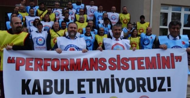Eskişehir'de 4 Sendikadan Performansa Hayır Protestosu