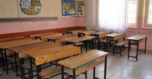 Milli Eğitim Bakanı İsmet Yılmaz: Bizim zamanımızda sınıflar 70-80 kişilikti