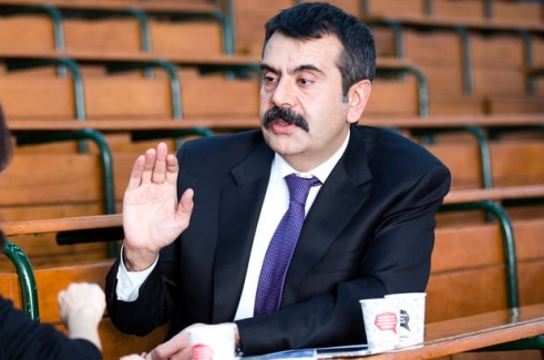 Son Dakika: Müsteşar Yusuf Tekin, Öğretmenlerin Seminer Tarihleri İle İlgili Değişiklik Yapıldı