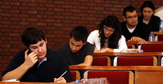 Son Dakika: Üniversite sınav tarihi değiştirildi. İşte Yeni Tarih
