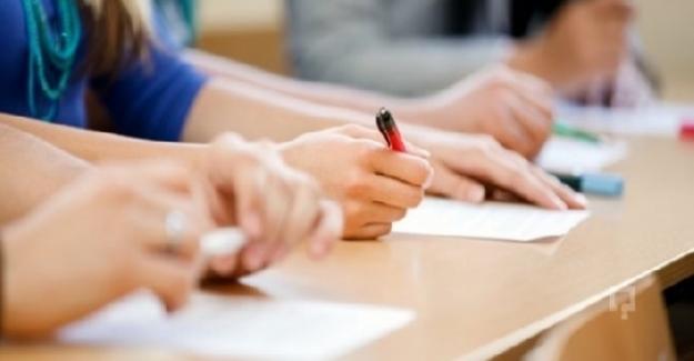Velilerin Telaşı: Hangi Liseler Hem Sınavla Hem de Adrese Dayalı Öğrenci Alacak?