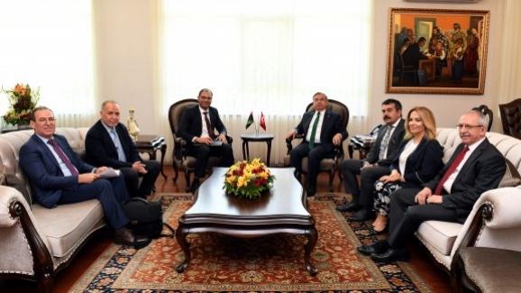 Bakan İsmet Yılmaz, Libya Eğitim Bakanı Muhammed ile bir araya geldi