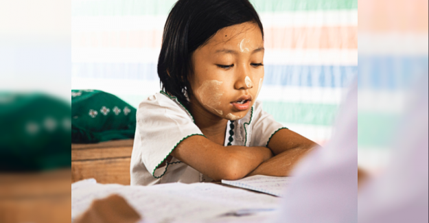 Kızlar için Eğitim Her Yerde Öncelikli Olmalı