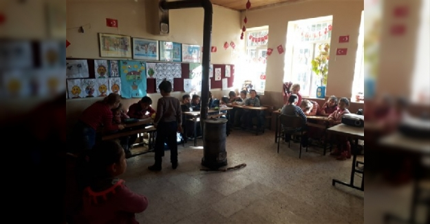 """MEB: Her Köye Okul Yapmak Ve Her Sınıfa Öğretmen Vermek """"Masraflı Ve Zahmetli"""""""
