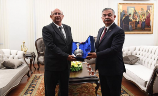 Milli Eğitim Bakanı İsmet Yılmaz, KKTC Millî Eğitim ve Kültür Bakanı Özyiğit ile bir araya geldi