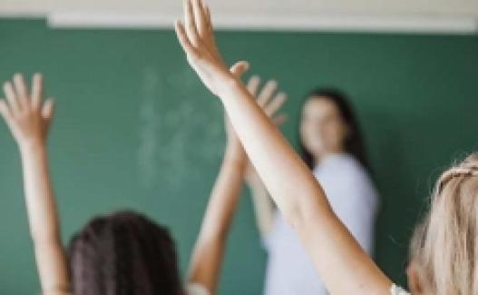 Öğretmenin, Kanser Hastası Eşinin Yanına Tayini Yapılmıyor