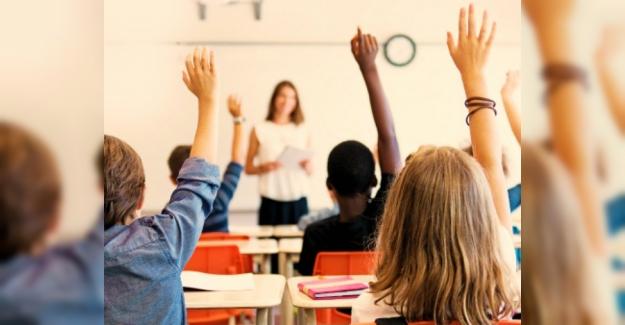 """Avustralyalı bir politikacı, öğretmenlerin """"aşırı"""" tatilleri olduğunu düşünüyor."""
