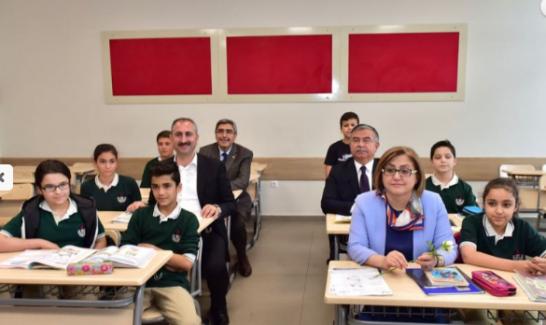 Bakan Yılmaz: Her 3 öğretmenden 2´sini biz atadık