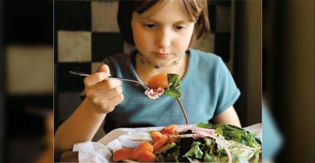 Çalışmalar Tamamlandı;  Okullarda Öğle Yemeği Verilecek ve Bunu MEB Karşılayacak