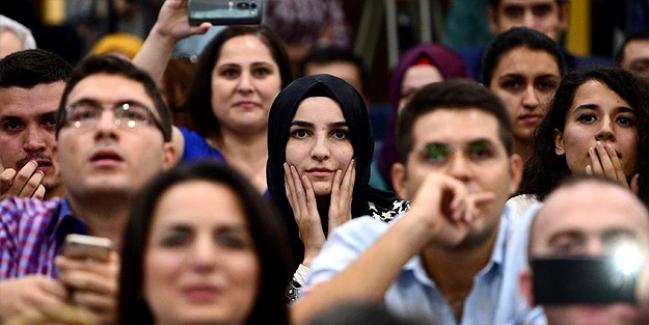Cumhurbaşkanı Erdoğan: Kadro Bekleyen Öğretmen Olmadığını, Söylenen Her Şeyin Aldatmaca Olduğunu Açıkladı