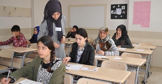 MEB; Doğru lise tercihi için 81 ilde yaklaşık 31 bin öğretmen görevlendirdi