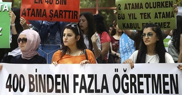 Türk Eğitim Sen Genel Sekreteri Musa Akkaş  'Öğretmen açığı, atama bekleyen öğretmenlerle kapatılmalı'