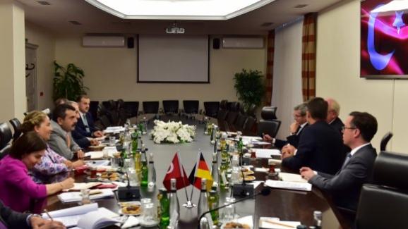 Müsteşar Yusuf Tekin, Almanya Büyükelçisi Erdmann'ı kabul etti
