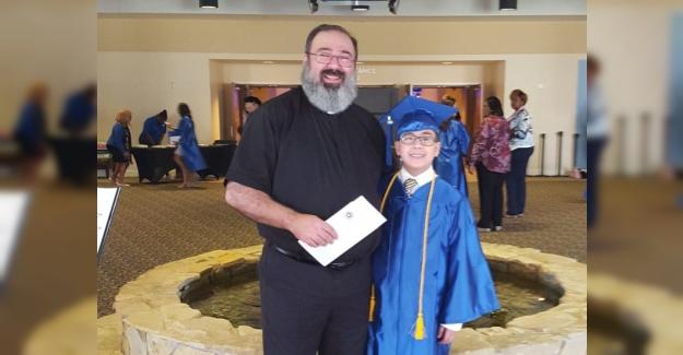 11 Yaşında Üniversiteyi Bitirdi