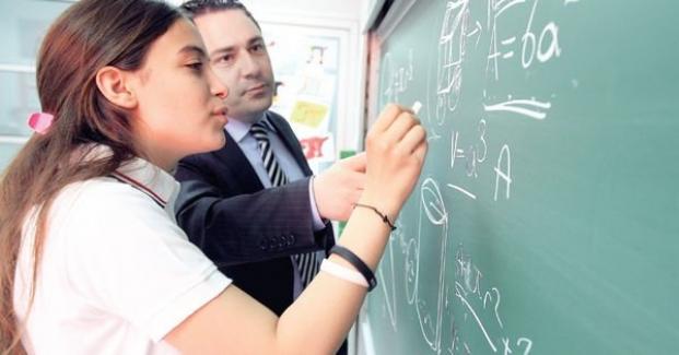 Harika bir yönetici olmak için harika bir öğretmen olmak zorunda mısın?