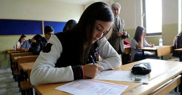 """2018 Yılı """"LGS"""" Ortaöğretim Kurumlarına Yerleştirmeye Esas 3. Nakil Sonuçları Açıklandı"""