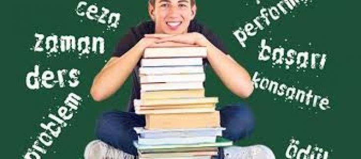 Gençlerin Okulda Başarılı Olmasına Yardımcı Olmak
