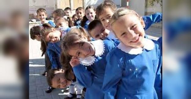 """Bakan Selçuk Açıkladı: """"Okula Başlama Yaşı 69 Ay Taban Olacak"""""""