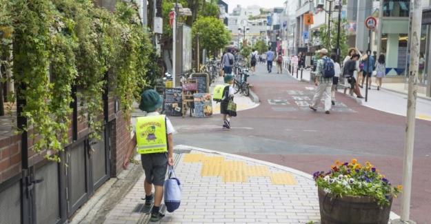Japonya'da Çocuklar Okula Tek Başlarına Gidiyor: İşte Nedeni
