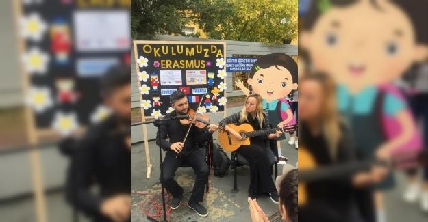 Nef İlkokulu'nda Erasmusdays Etkinliği