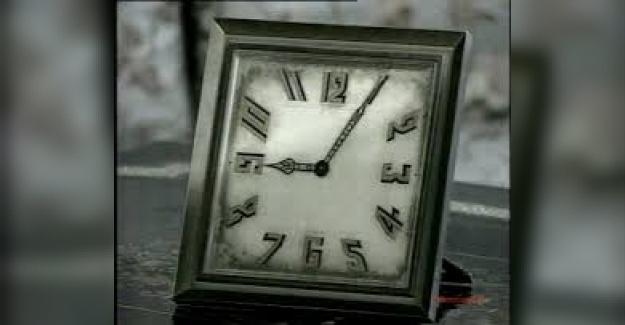 """Bir Öğrencinin Kaleminde 10 Kasım: """"Hala Saat Dokuzu Altı Geçiyor"""""""