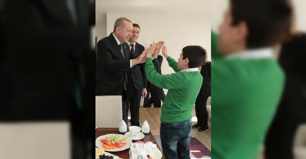 """Cumhurbaşkanı Erdoğan""""Otizm Eylem Planı´nın uygulamasını takip ediyorum"""""""