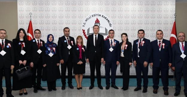 Milli Eğitim Bakanı Ziya Selçuk, 81 İlden Ve Yurt Dışından Gelen Öğretmenleri Ağırladı