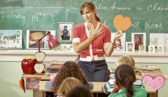 Türkçe Öğretmenlerinin Alan Değişikliğiyle Ortaokullarda Türkçe Öğretmeni Olan Sınıf Öğretmenleri Hakkındaki Görüşleri
