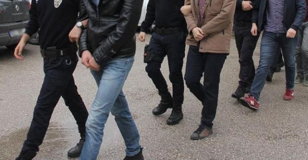 Çok Sayıda Öğretmene Gözaltı Yapıldı