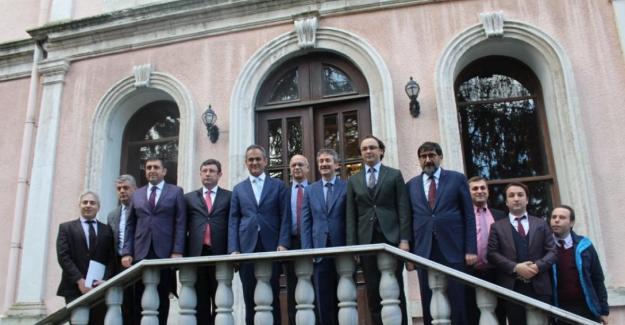 Milli Eğitim Bakan Yardımcısı Mahmut ÖZER İstanbul'da Mesleki ve Teknik Ortaöğretim Kurumlarını Ziyaret etti
