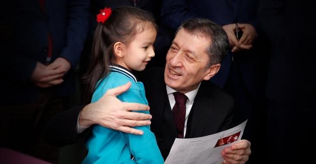 """BAKAN ZİYA SELÇUK """"HEPİMİZİN KARNESİ"""""""