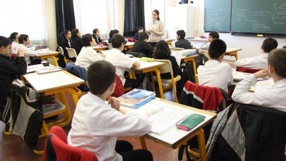 Özel okul öğretmenleri iş güvencesi istiyor