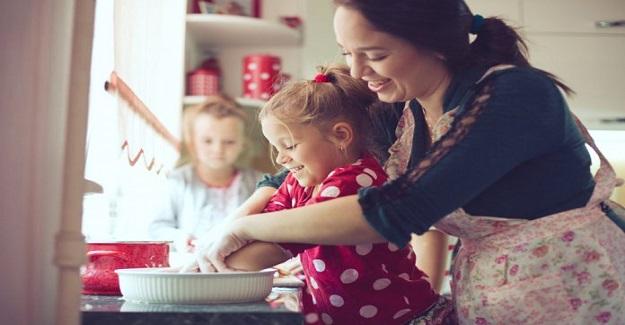 Çocukların Gerçekten Ebeveynlerinin Onlarla Yapmasını İstedikleri En İyi 10 Şey