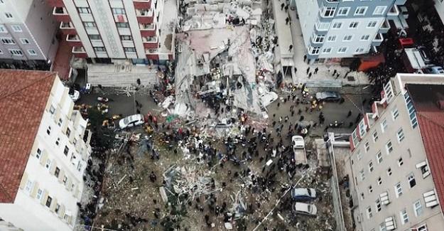 İstanbul'da Çöken Binanın Altında Can Veren Baba Ve Kızla İlgili Kahreden Detaylar Ortaya Çıktı