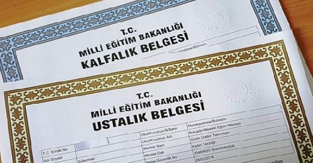 Milli Eğitim Bakan Mahmut Özer: Öğrencilere Sıfat, Zarf Zamir Değil Adap Öğretilsin!
