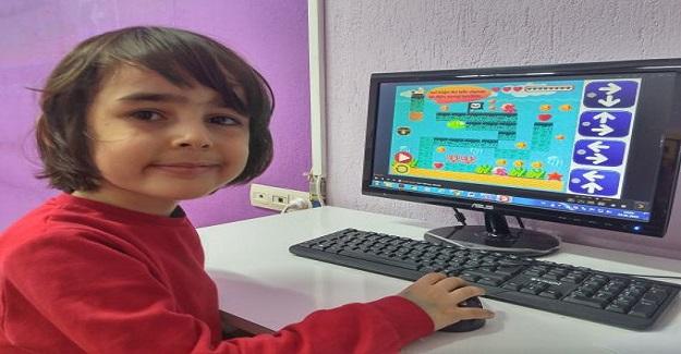 Mucit Bilginler eğlenerek öğrenme temelli bilgisayarlı kodlama saatinde