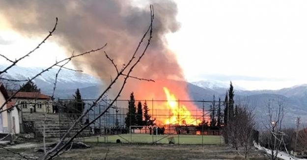 Okulda Korkutan Yangın