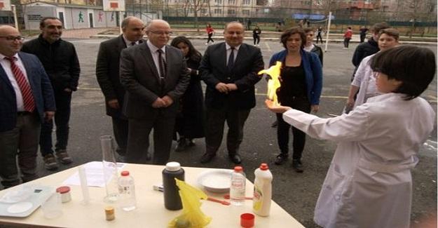 Bilim, fen ve teknoloji haftası ilçe töreni okulda gerçekleştirildi