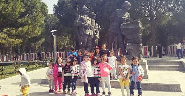 Çocuk Gözüyle Tarihe Işık Tutanlar Etwinning Projesi