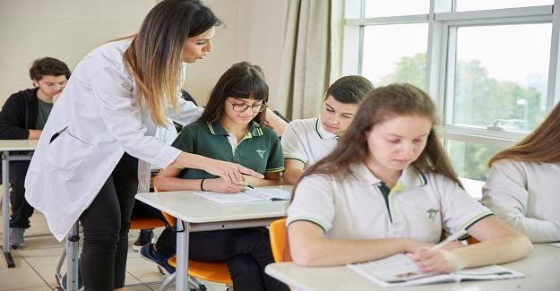 Liselerimiz de, devamsızlık mevzuatı hukuka aykırı. Öğrencilerimizi mağdur ediyor: