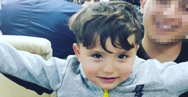 4 Yaşındaki Muhammet, Amcasının Arabayla Üzerinden Geçmesi Sonucu Feci Şekilde Can Verdi