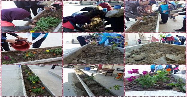 """""""Bir Düşümüz Var"""" eTwinning projemiz kapsamında okul bahçemizi çiçeklendirdik"""